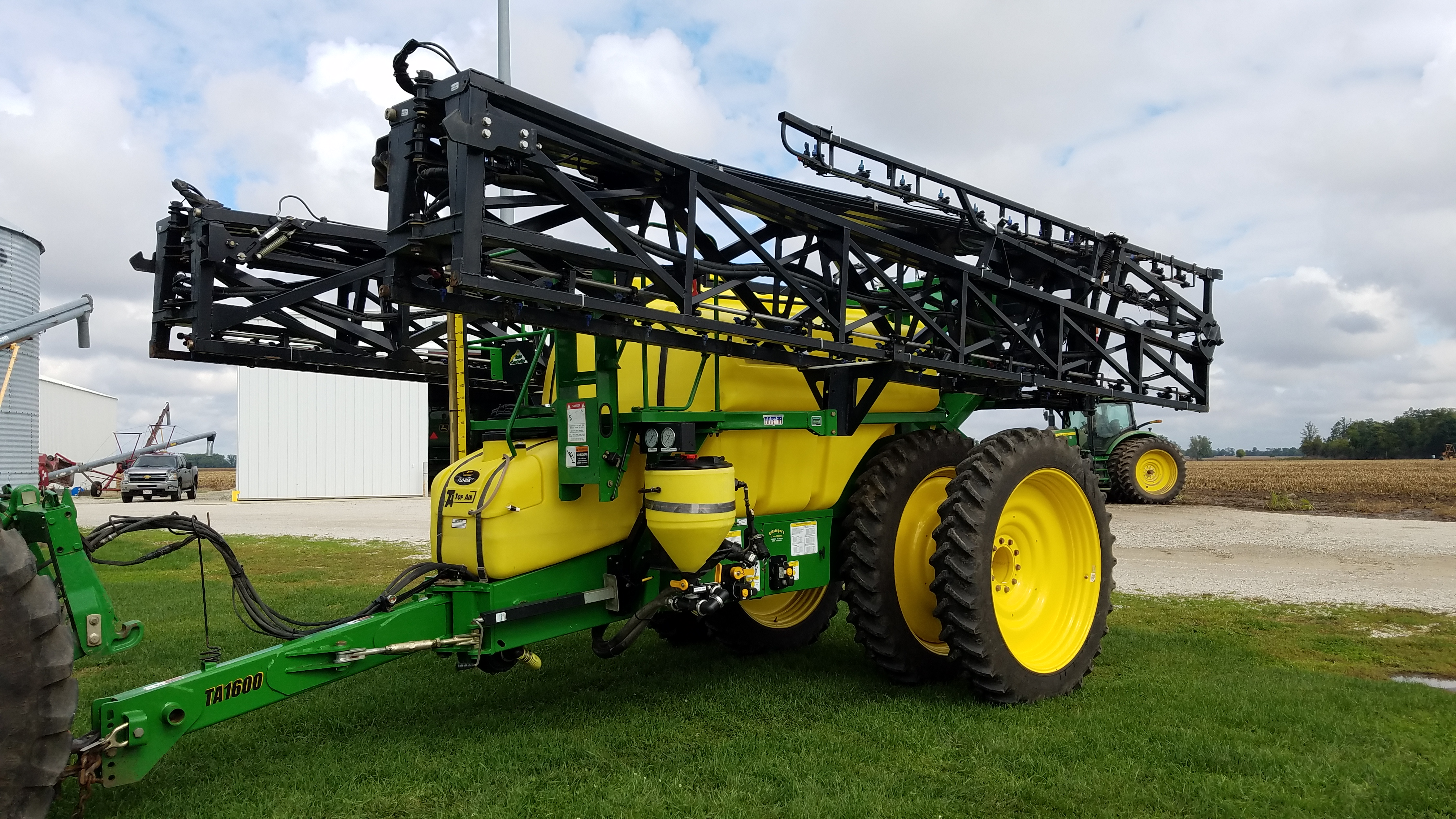 For Sale 2011 Ta1600 Top Air Pull Type Sprayer 120ft Boom Duals